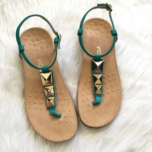 New! Vionic Nala sandal. Teal/Gold size 8